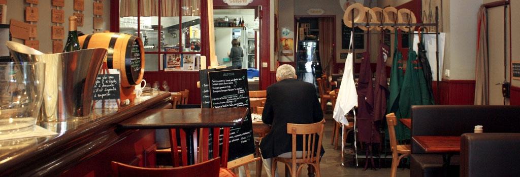 cafe-du-peintre-comptoir-abel